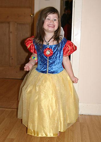 One happy Snow White...